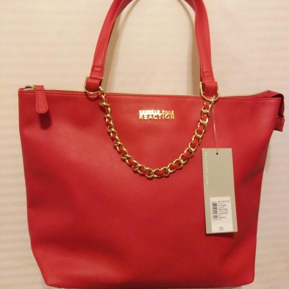 0acbd196af3 NWT   KENNETH COLE REACTION LARGE RED SHOULDER BAG